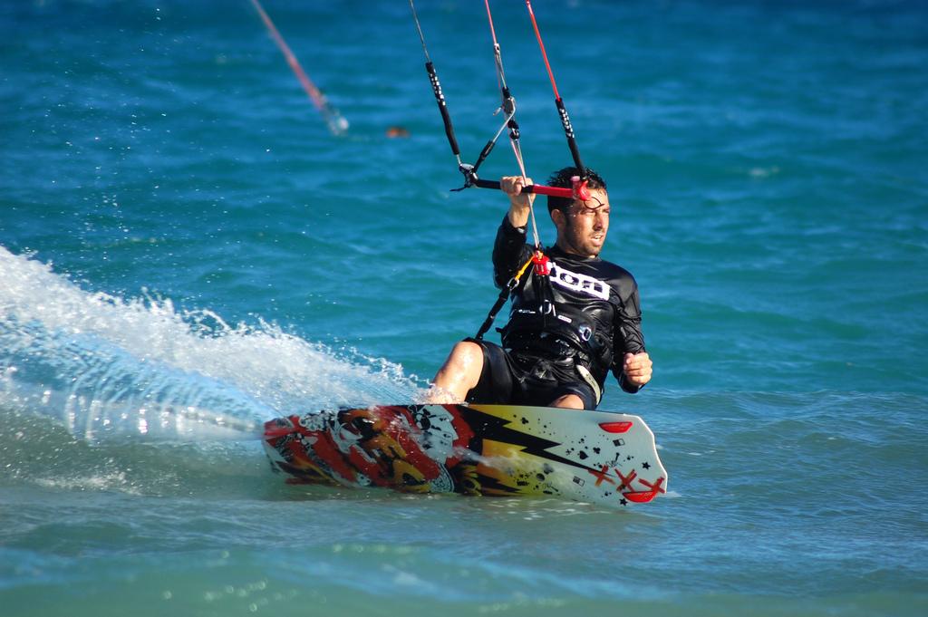 Praticare il kitesurf e windsurf nel nord del Madagascar